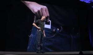 スティーブ・ジョブズ iPod nano プレゼンテーション 2005年