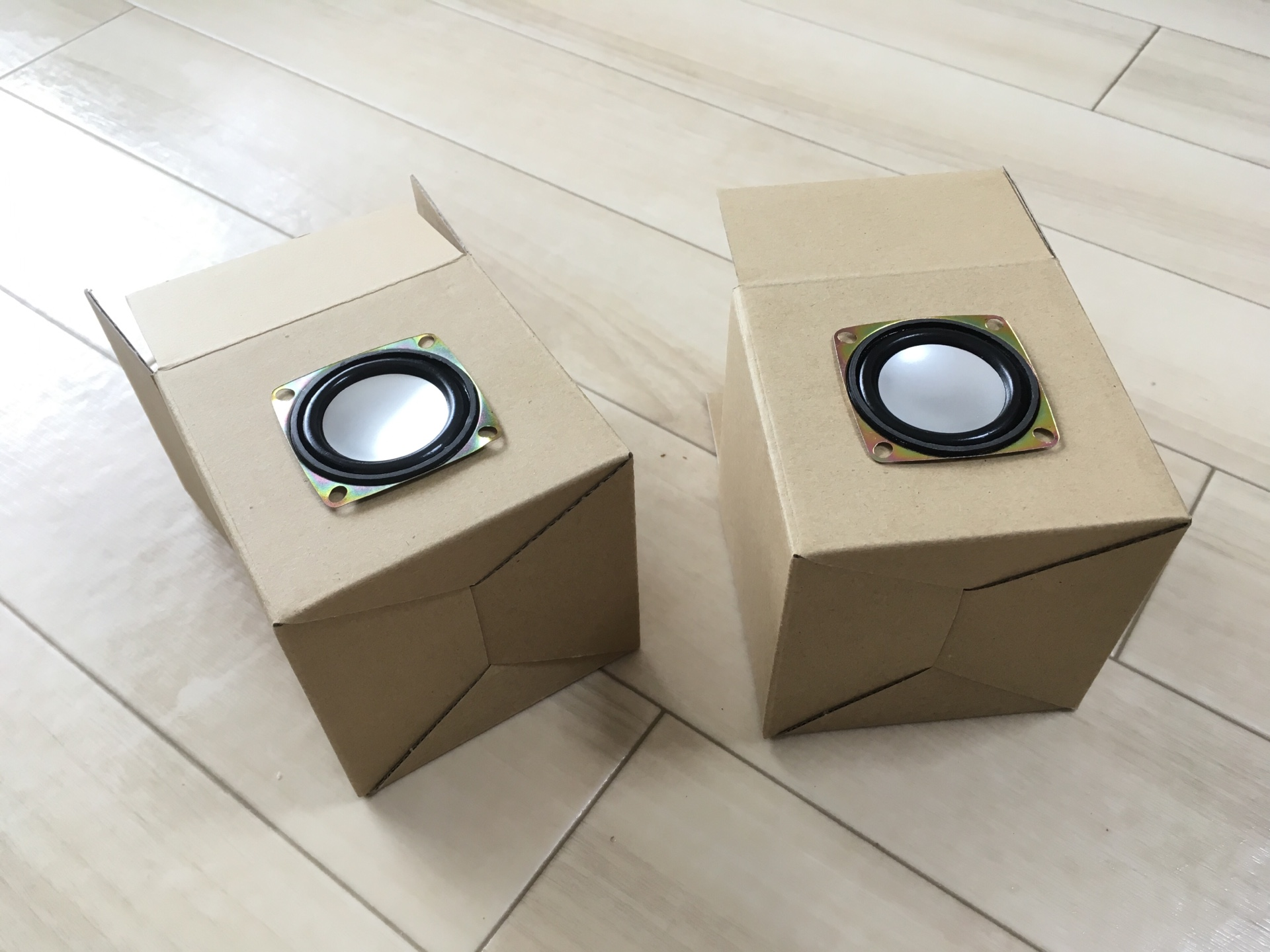 ダイソーのスピーカーが数万円レベルに 純セレブスピーカーを作ってみた!